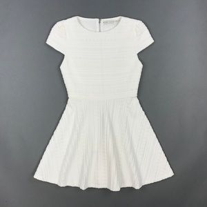 Alice + Olivia Short Sleeve Textured Dress White